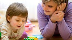 Uma mãe rigorosa ajuda seu filho a ser um homem virtuoso