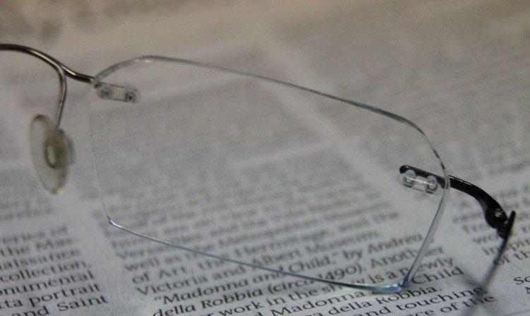 Nossa visão pode se adaptar à leitura nas telas, afirma médico