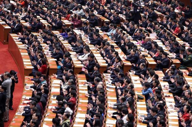 Lutas de facções por trás das mudanças no Conselho de Estado da China