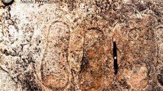 Pegadas em rocha na Índia seriam evidência de seres do céu?