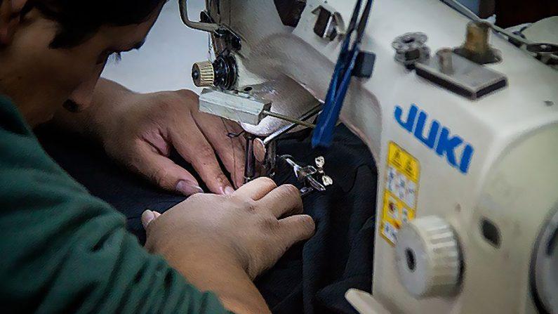 Casos de trabalho escravo na moda brasileira são julgados com impunidade