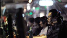 Regime chinês enfrenta problemas fiscais, mas acrescenta mais censores