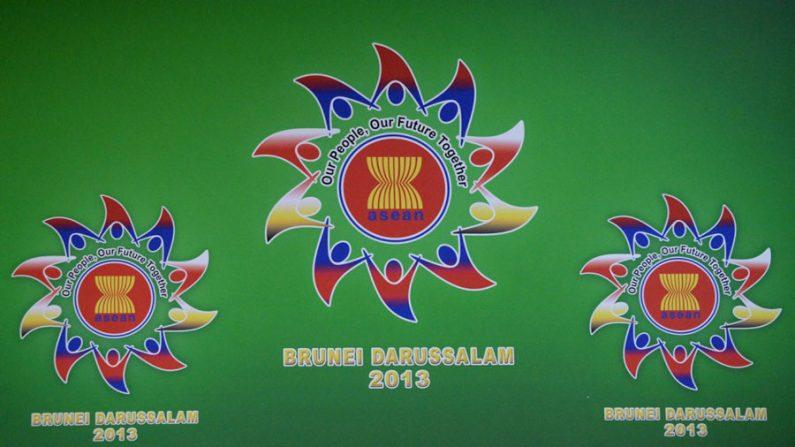 Para conter influência da China, Índia estende cooperação com ASEAN