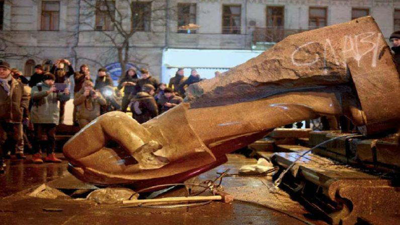 Ex-prefeito de Kiev declara: 'o comunismo é uma doença'