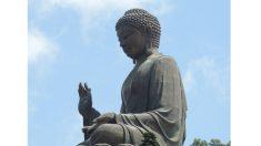Conheça a gigantesca estátua do Buda Tian Tan, em Hong Kong