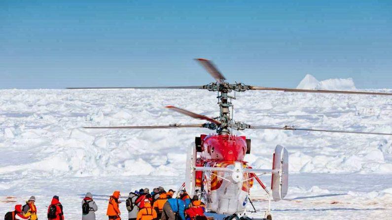 Aquecimentistas ficam presos no gelo antártico