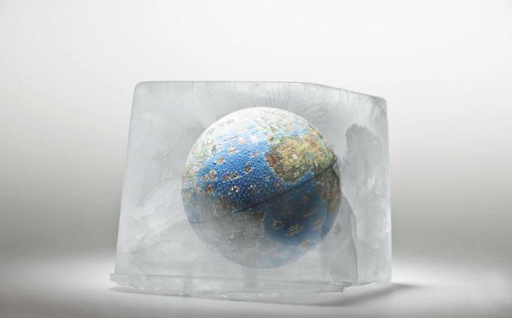 """Loucura ecofascista: """"Você está congelando? Culpa do aquecimento global!"""""""