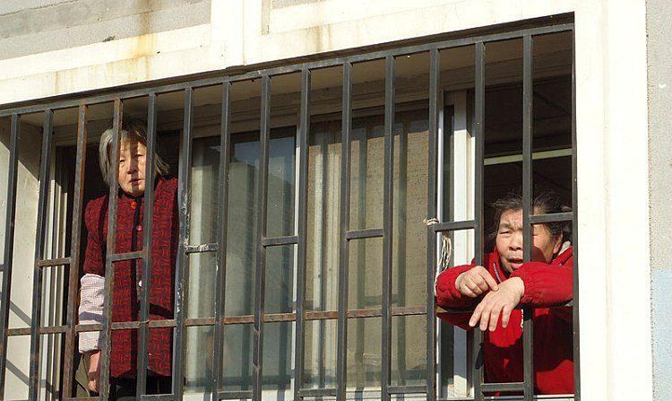 Peticionários de Pequim fogem de prisão negra