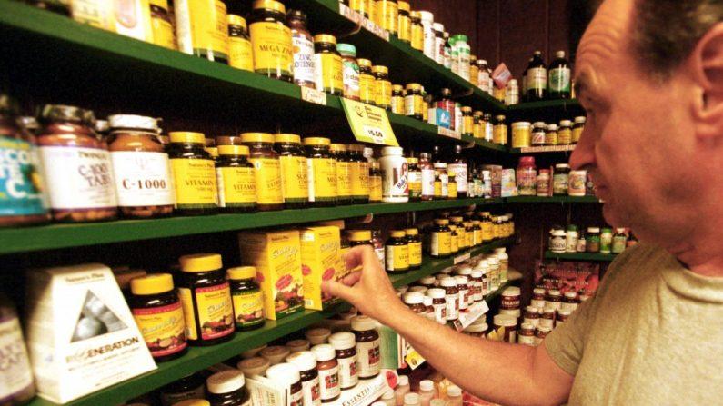 A maioria das vitaminas provém da China, então fique atento