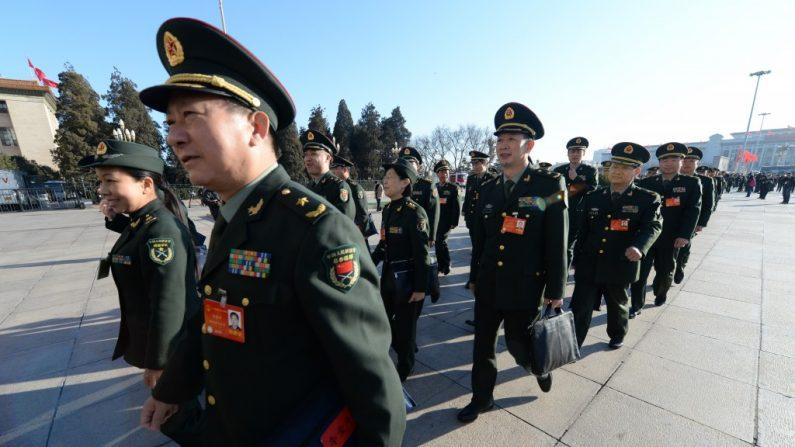 Liderança chinesa aperta controle sobre militares