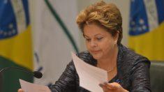 Dilma Rousseff responde perguntas sobre Pronatec via Facebook