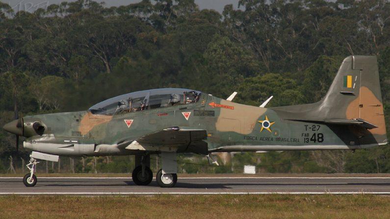Governo apresenta projeto de lei para doar aviões a Moçambique