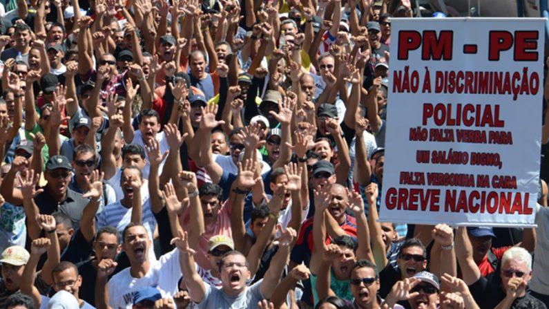 Militares de Pernambuco são multados em mais de R$1 milhão por greve