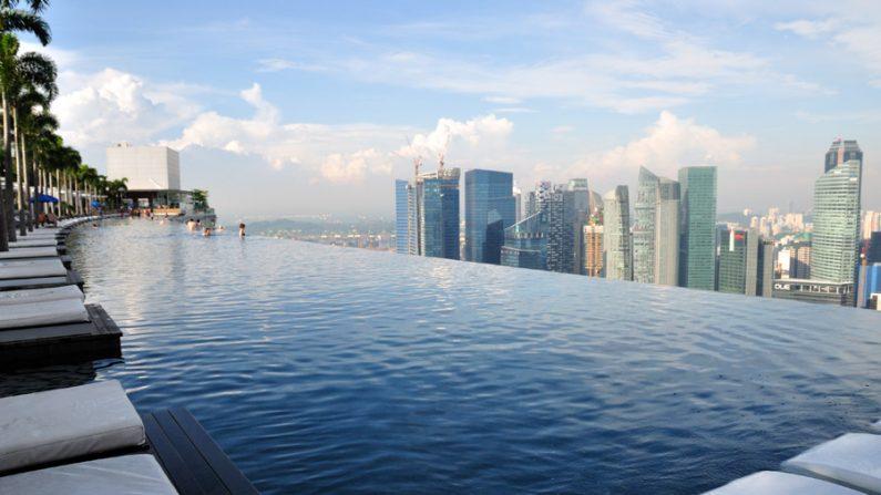 Conhe a piscina sem bordas em hotel de singapura clara solis luxuoso epoch times em portugu s - Singapore hotel piscina ...