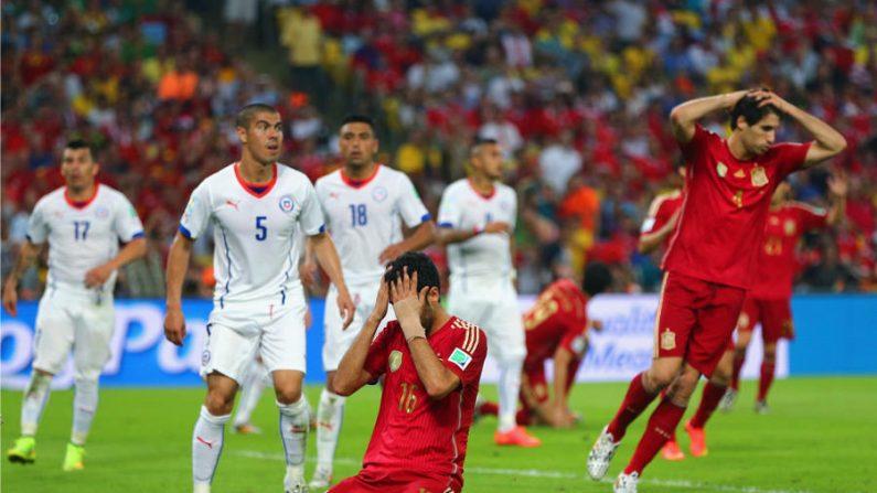 Por 2 a 0, Chile tira Espanha da Copa do Mundo 2014