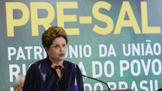 Investidores da Petrobras e Eletrobras estudam processar Dilma Rousseff
