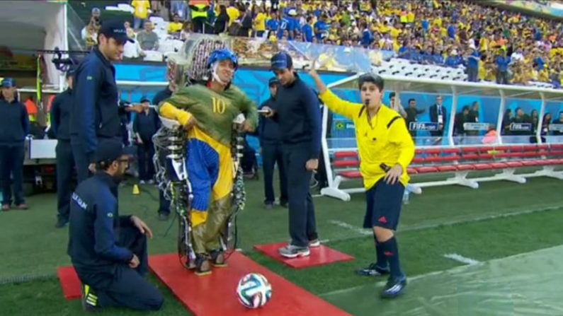 Conheça a tecnologia que fez paraplégico dar pontapé inicial da Copa