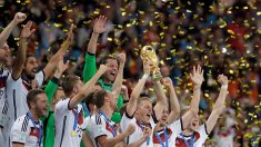 Alemanha é tetracampeã mundial com 1 x 0 sobre a Argentina na prorrogação