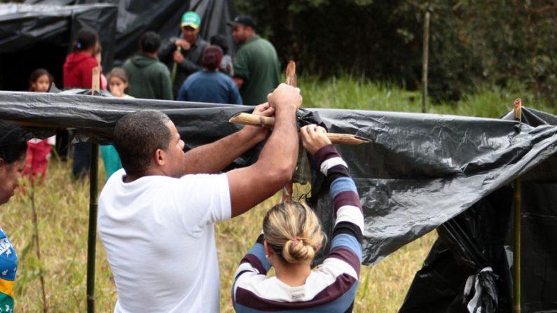 MTST mantém acampamento na sede da Construtura Even em SP