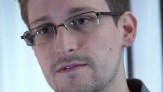 Manifestantes pedem que governo brasileiro conceda asilo a Edward Snowden