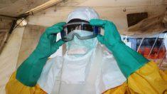 Médico que lidera batalha contra ebola na África contrai a doença