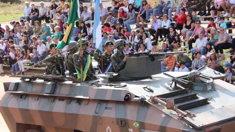 Brasil e Argentina realizam exercício militar em conjunto