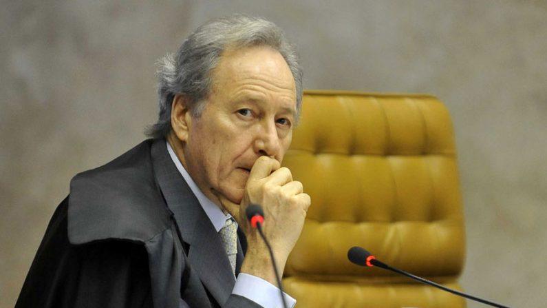 Lewandowski ordena que Bolsonaro apresente um plano para Manaus em 48hs