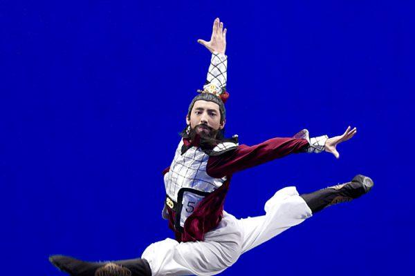 Bojian Li, formidável dançarino que leva humildade aos palcos