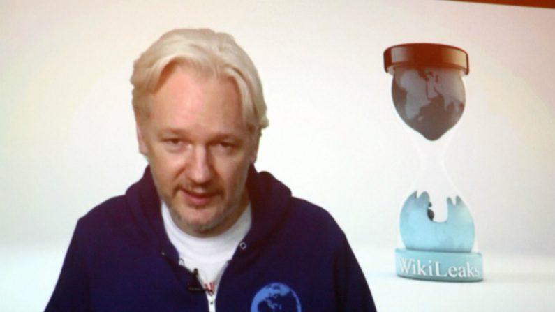 Julian Assange se posiciona a favor das ditaduras