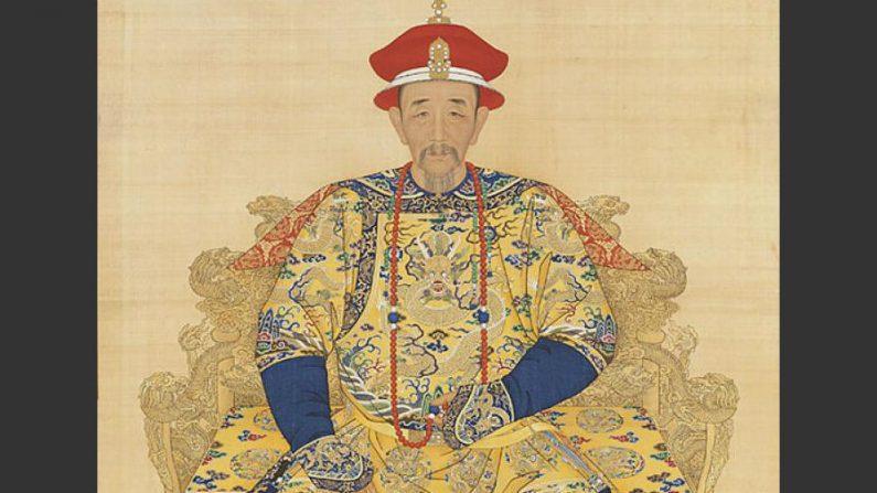 Um imperador diligente favorece uma era de prosperidade