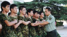 Punição militar severa de estudantes chineses gera conflitos e mortes
