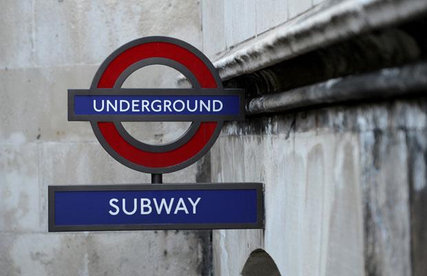 Tour guiado conta a história do metrô de Londres