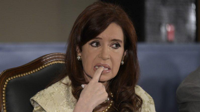 Cristina Kirchner e filhos serão julgados por corrupção na Argentina