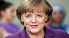 Angela Merkel vence Prêmio da Paz de Seul 2014