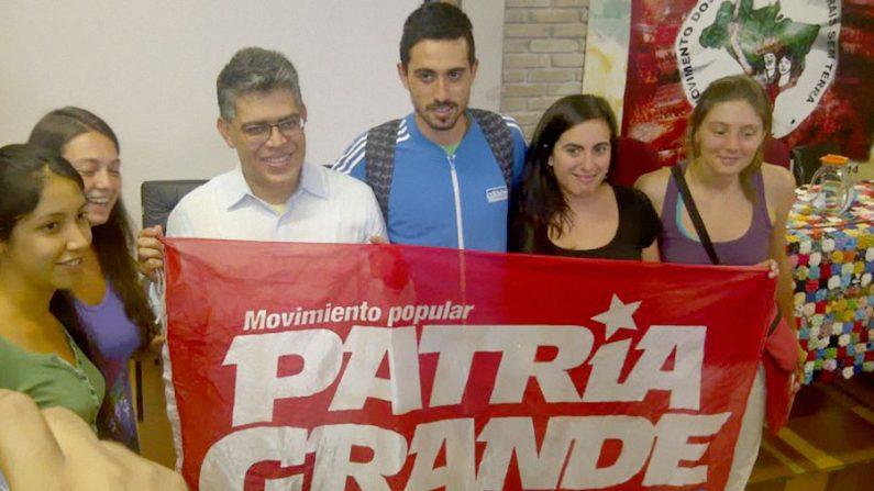 MST e Venezuela assinam acordos para fortalecimento do socialismo bolivariano no Brasil