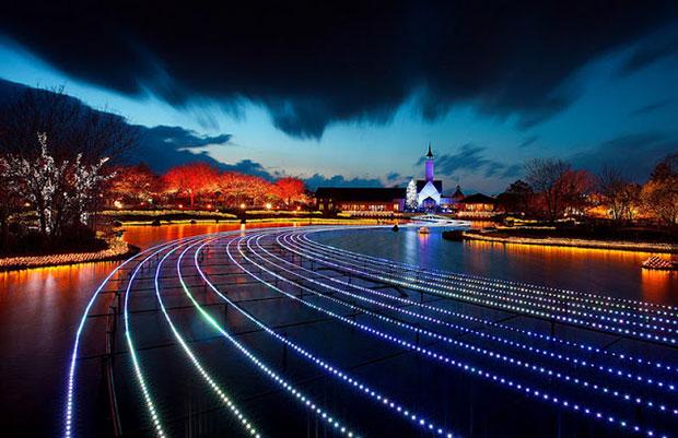 Festival de Luzes, no Japão, representa elementos da natureza