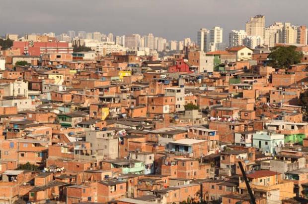 Bandidos proíbem campanhas em áreas dominadas do Rio e determinam votos