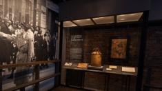 Museu do Holocausto, em Washington, preserva memória do genocídio