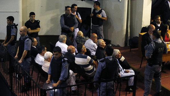Argentina sentencia 15 à prisão perpétua por mortes na ditadura