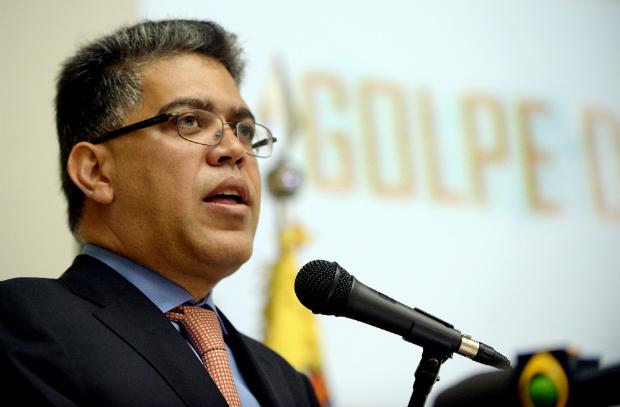 O nada contraditório desarmamento na Venezuela