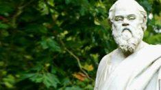 Cinco frases de Sócrates que lhe ajudarão a ser um bom amigo