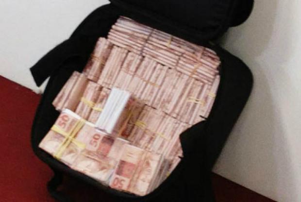Auditor da Aneel é preso em São Paulo com uma mala de dinheiro