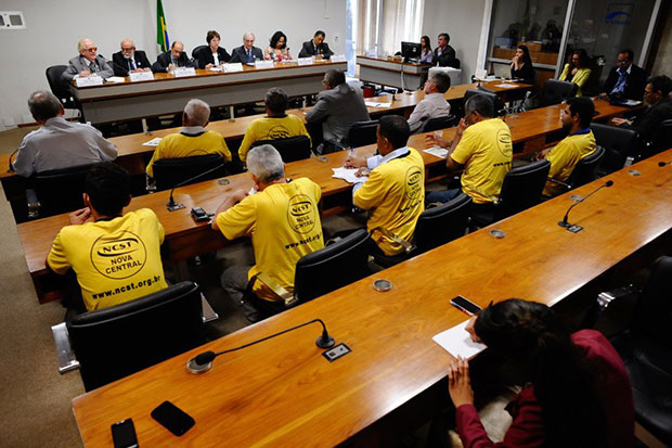 Decreto 8243: CDH e entidades debatem consolidação do projeto
