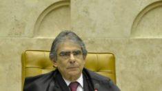 """Plebiscito pode virar """"cheque em branco"""" para o governo, afirma ex-presidente do STF"""