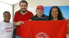 Lula participa de entrega de apartamentos em evento com MTST em SP