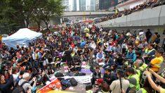 Movimento Guarda-Chuva é despejado em Hong Kong