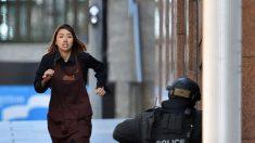 Terroristas islâmicos atacam 'Lindt Cafe' em Sydney, Austrália