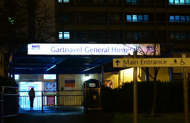 Profissional de saúde é diagnosticado com ebola em Glasgow, na Escócia