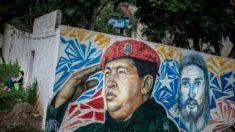 Venezuela imprime 3 milhões de imagens de Chávez como 'presente de natal' para o povo