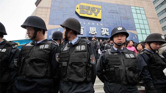 Em meio a promessas de reforma não cumpridas, empresas deixam a China